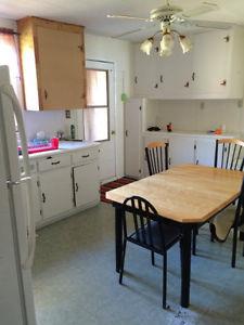 chalet a vendre au bord de l 39 eau ponton notre dame de pontmain laurentides. Black Bedroom Furniture Sets. Home Design Ideas
